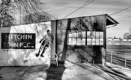 Hitchin Town Ground (450x274)