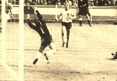 1966-world-cup-football-wembley4_1179 (400x279)