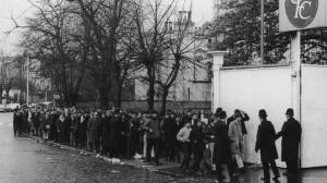 Queuing for tickets...1970 style