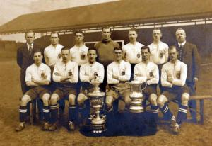Sport, Football, F,A,Cup Final, Wembley, London, England, 24th April 1926, Bolton Wanderers 1 v Manchester City 0, Bolton Wanderers players only, Back row, L-R: Haworth, Nuttall, Pym, Jennings, Greenhalgh, Front row, L-R: Butler, Jack, J,R,Smith, Joe Smith, Vizard, Seddon (Photo by Bob Thomas/Popperfoto/Getty Images)