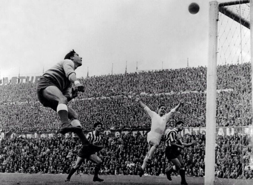 1959-european-cup-semi-final-pazos-atl-madrid-kopa-real-madrid