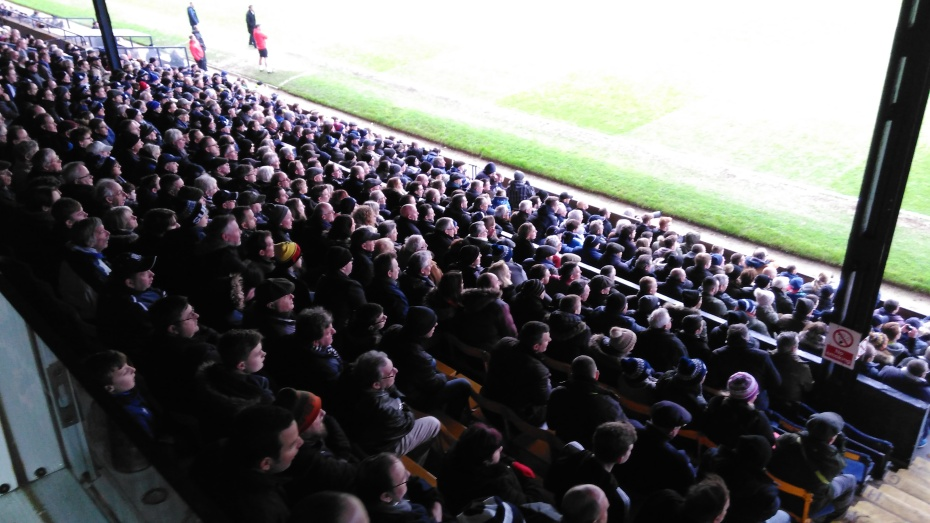 southend-united_crowd_dec_31_2017