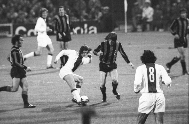Soccer - European Cup - Final - Ajax v Internazionale - De Kuip