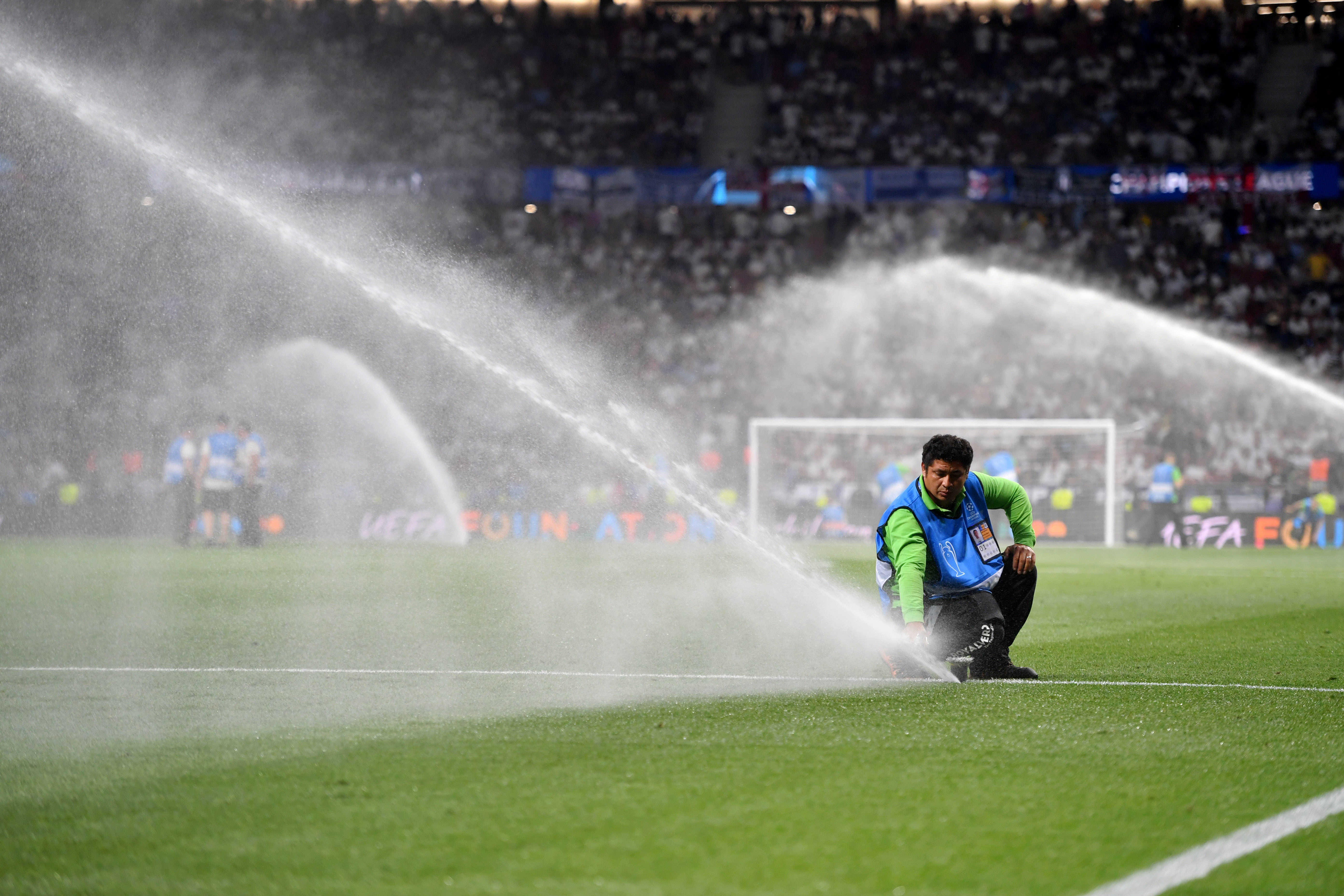 Major football clubs need to create the right climate
