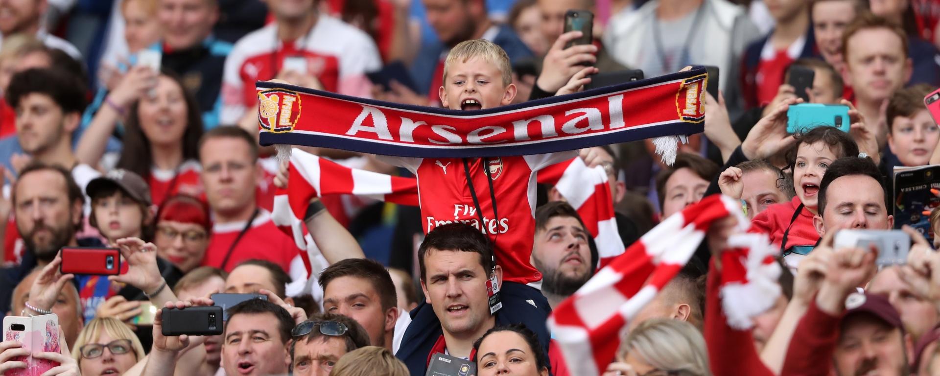 """Képtalálat a következőre: """"arsenal fans"""""""
