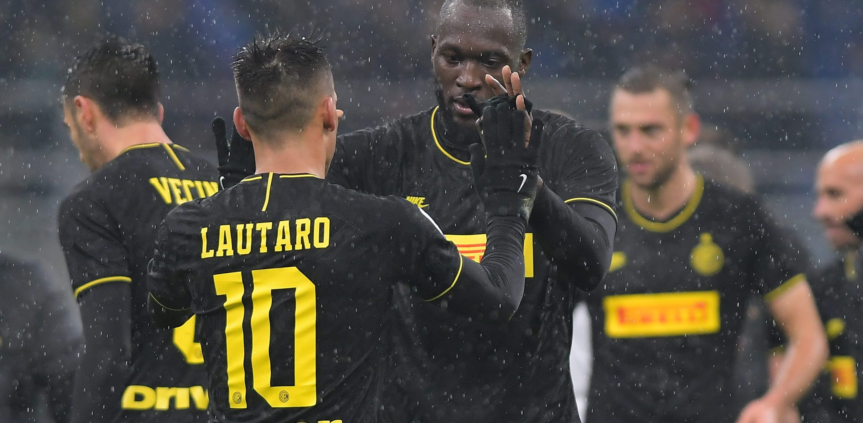 Juve's crown seriously under threat from Inter